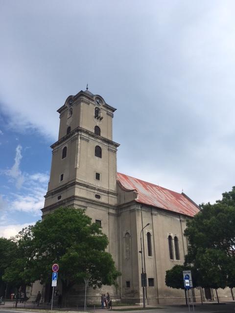 Výlet do Pezinku kostol z profilu