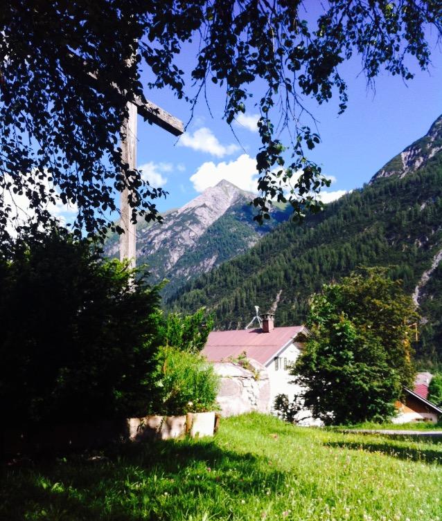 Práca v Alpách, Holzgau