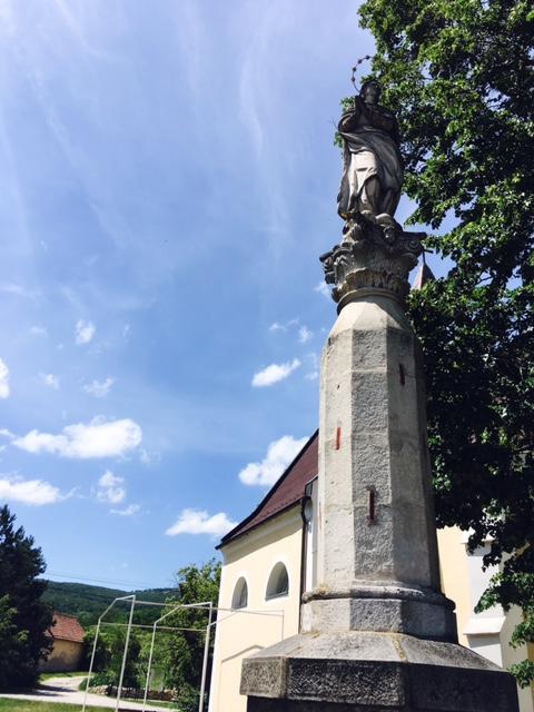 Výlet do Svätého Jura - pomník