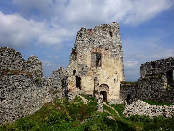 Zrúcaniny hradov - Gýmeš
