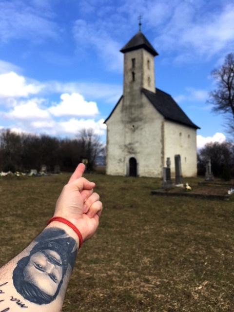 Kostolíky na Slovensku - Kostol sv. Jána Krstiteľa vPominovci - Sedmerovci