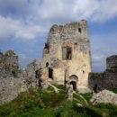 Zrúcaniny hradov na Slovensku sú jednou z mojich najväčších závislostí